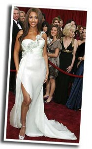 Beyonce wedding dress at Oscar