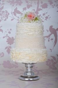 white wedding cakes_6