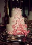 white wedding cakes_7