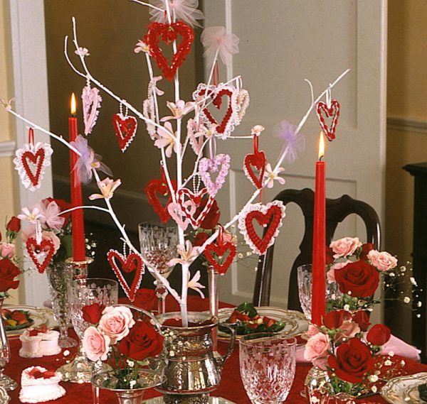St valentine 39 s day dinner party diy sugar heart boxes for Deco saint valentin