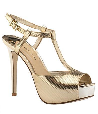 Gianni-Bini-Traci-T-Strap-Platform-Sandals