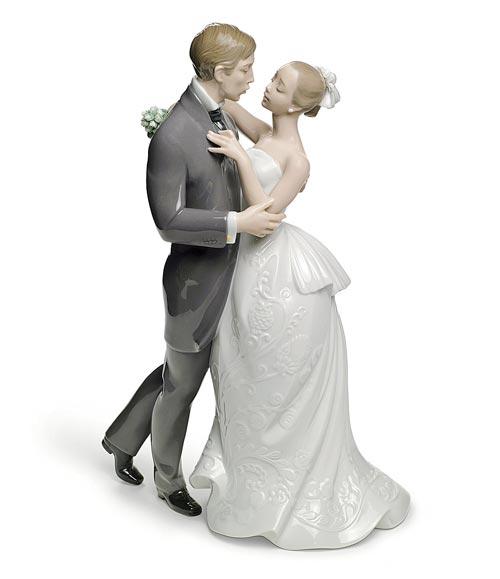 Lladro-Lovers-Waltz-Figurine