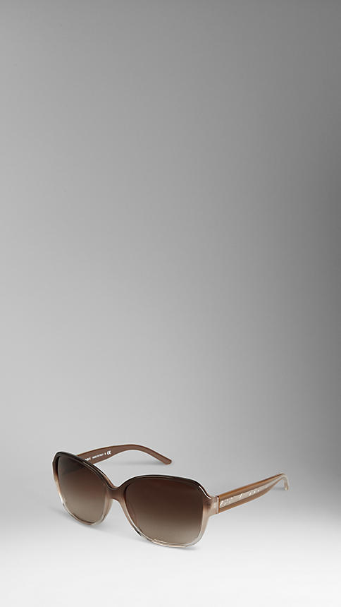 burberry sunglasses 2012 For Women