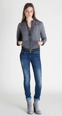 calvin klien skinny jeans for women 2012.jpg