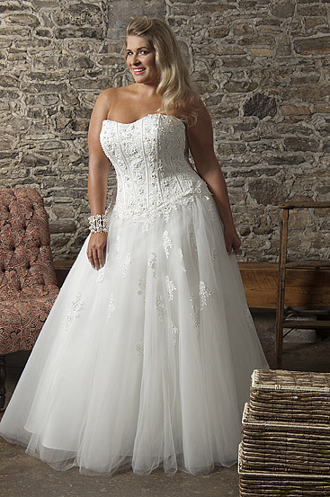 Plus Size Wedding Dresses by Callista (2)