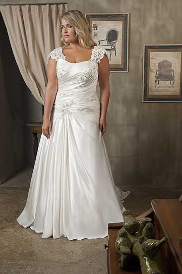 Plus Size Wedding Dresses by Callista (3)