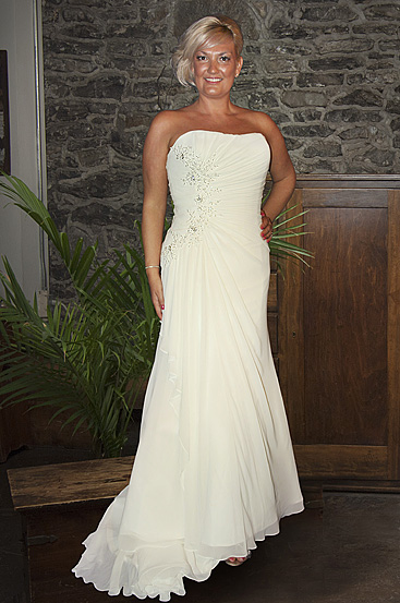 Plus Size Wedding Dresses by Callista (6)