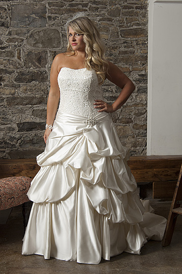 Plus Size Wedding Dresses by Callista (7)