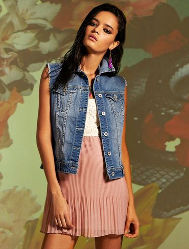 Stradivarius Lookbook March 2012_4