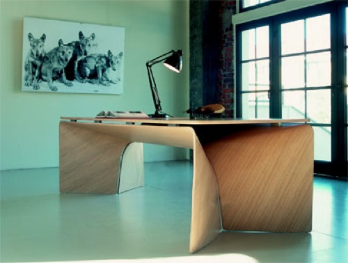 01-Big-Bend-Desk-by-Cerruti-Baleri
