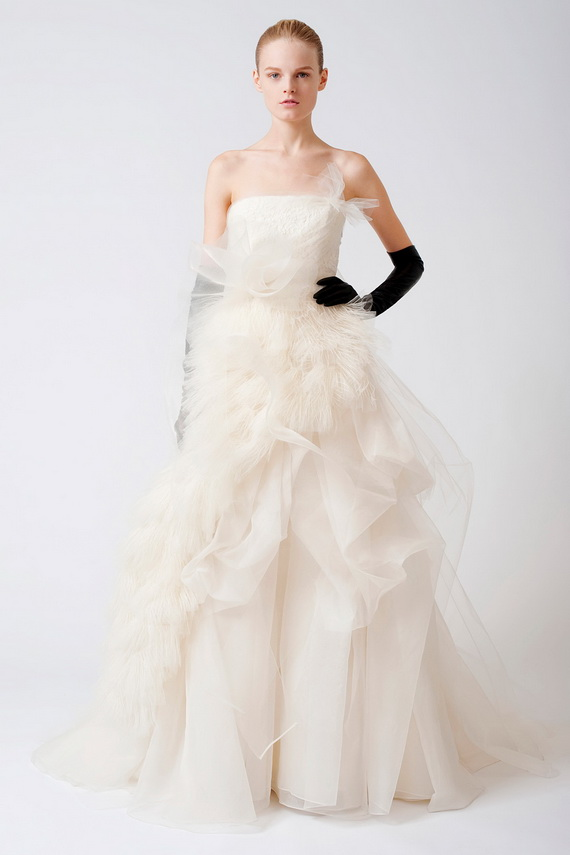 1-Vera Wang Wedding Dresses 2012 (1)