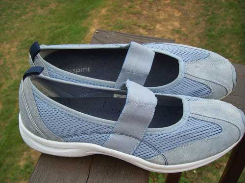 Easy Spirit Shoes