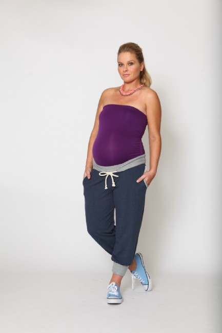 pregnancy fashion trends 2012