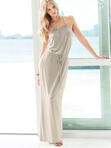Victoria's Secret Clothing Supermodel Off-Duty