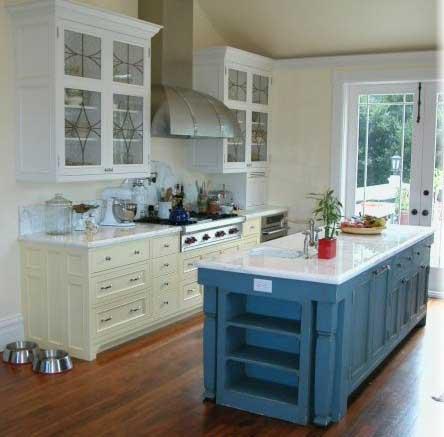 Victorian kitchen cabinets design ideas by Design In Wood-1