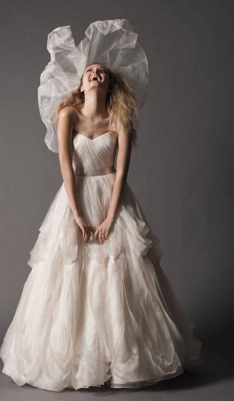 Wedding Dresses 2013 Finding the Right Bridal Gown_02