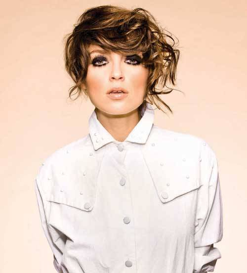short hairstyles for thick hair-5