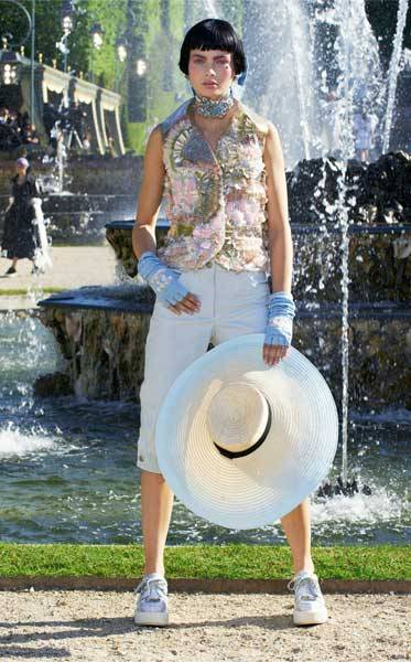 Chanel Cruise 2013 Collection_08