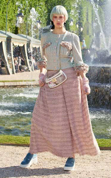 Chanel Cruise 2013 Collection_11