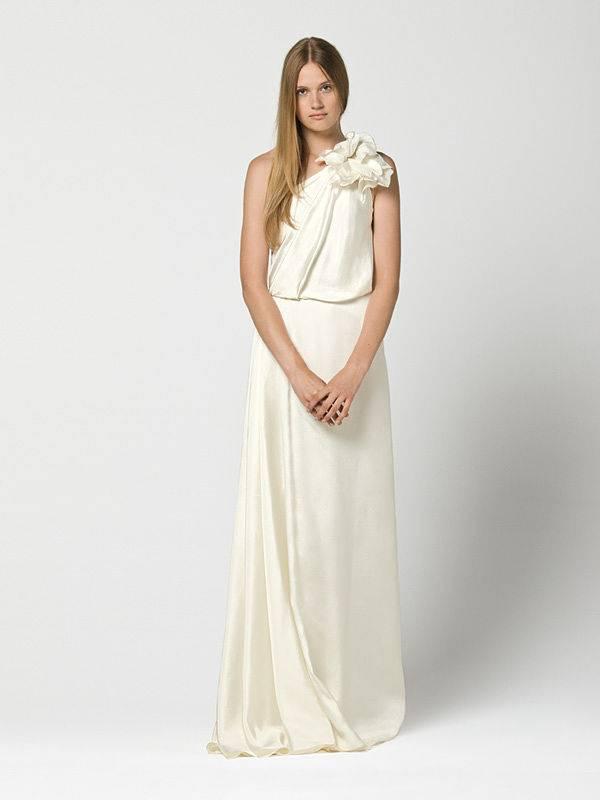 Max Mara Bridal Gowns 2013-03