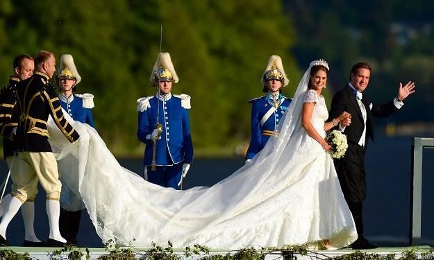 Princess Madeleine of Sweden's Wedding Dress_2