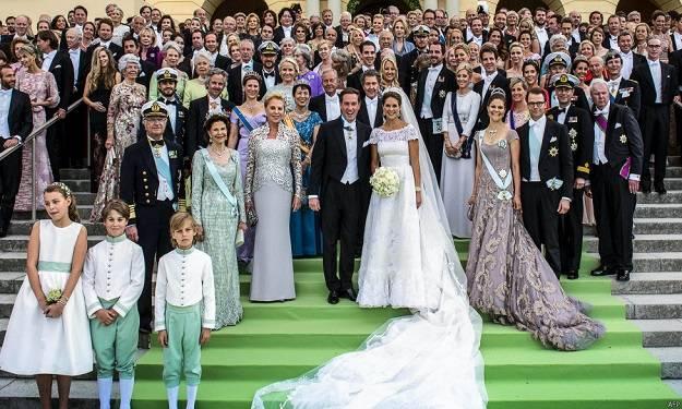 Princess Madeleine of Sweden's Wedding Dress_4