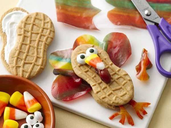 Thanksgiving 2013 - Decorations, Food, And Activities (10)