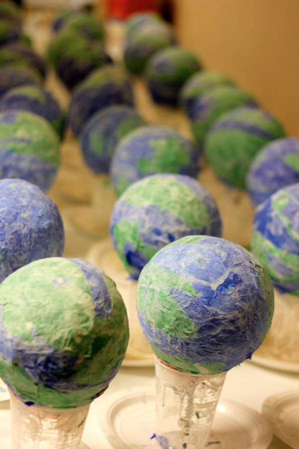 Earth Day Crafts For Kids (20)