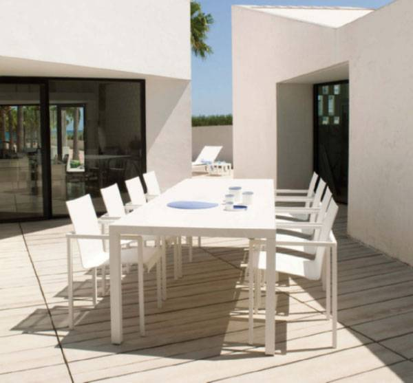 How to Choose Patio Furniture_07