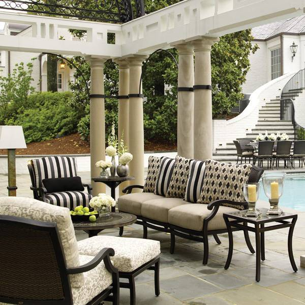 How to Choose Patio Furniture_18