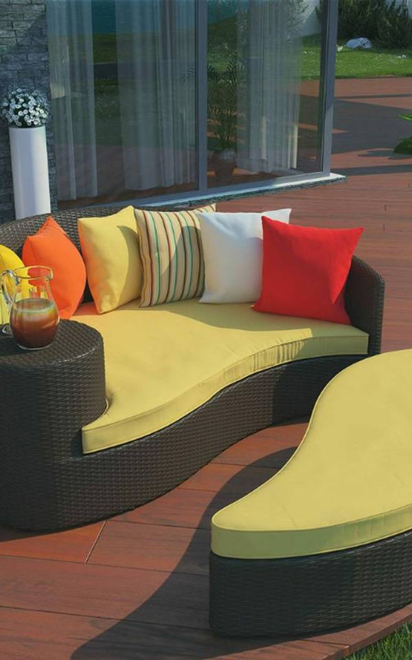 How to Choose Patio Furniture_26