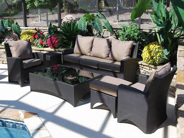 How to Choose Patio Furniture_27