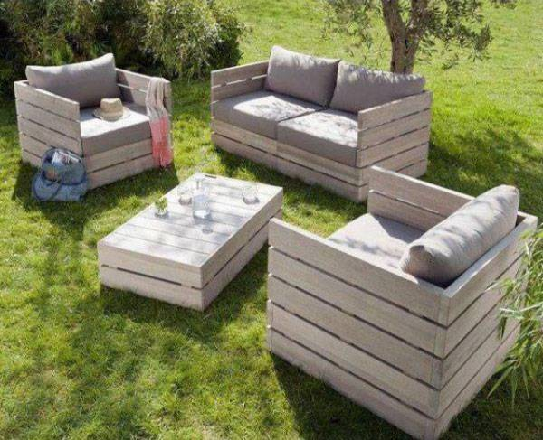 How to Choose Patio Furniture_33