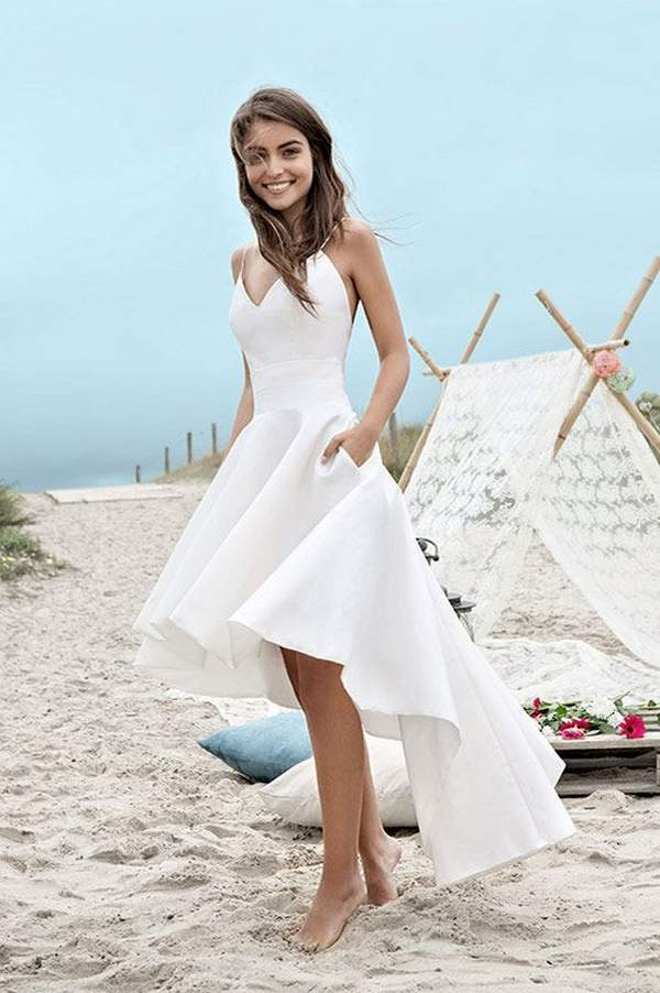 Best Styles for Beach Wedding Dresses_07