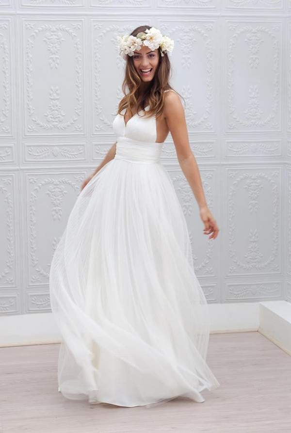 Beach Wedding Dresses Ideas to Stand You out