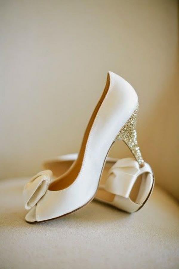 Tips for Buying Wedding Shoes for the Bride_05