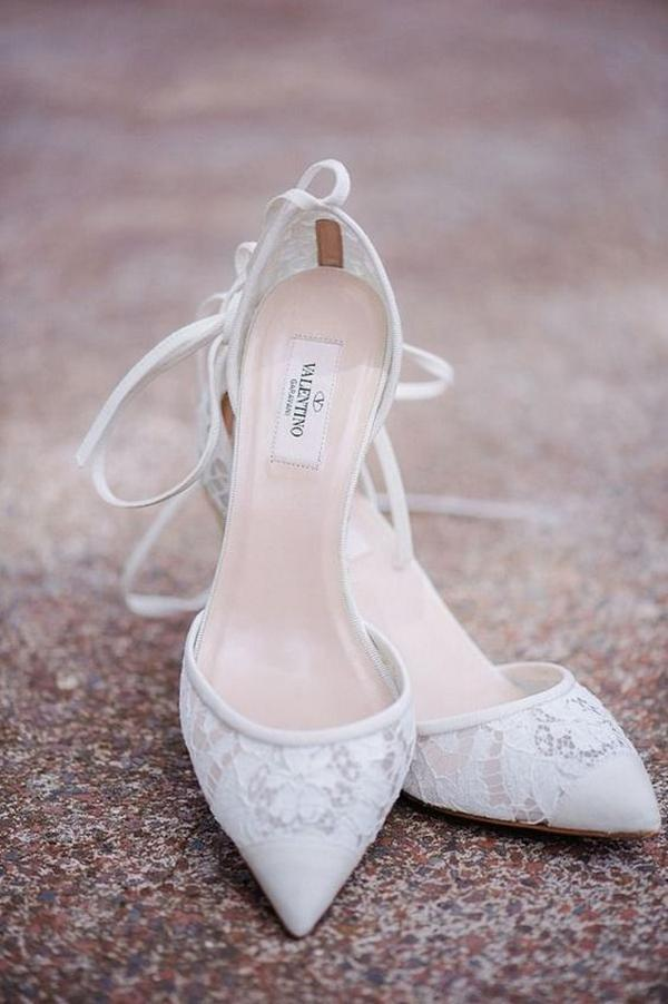 Tips for Buying Wedding Shoes for the Bride_08