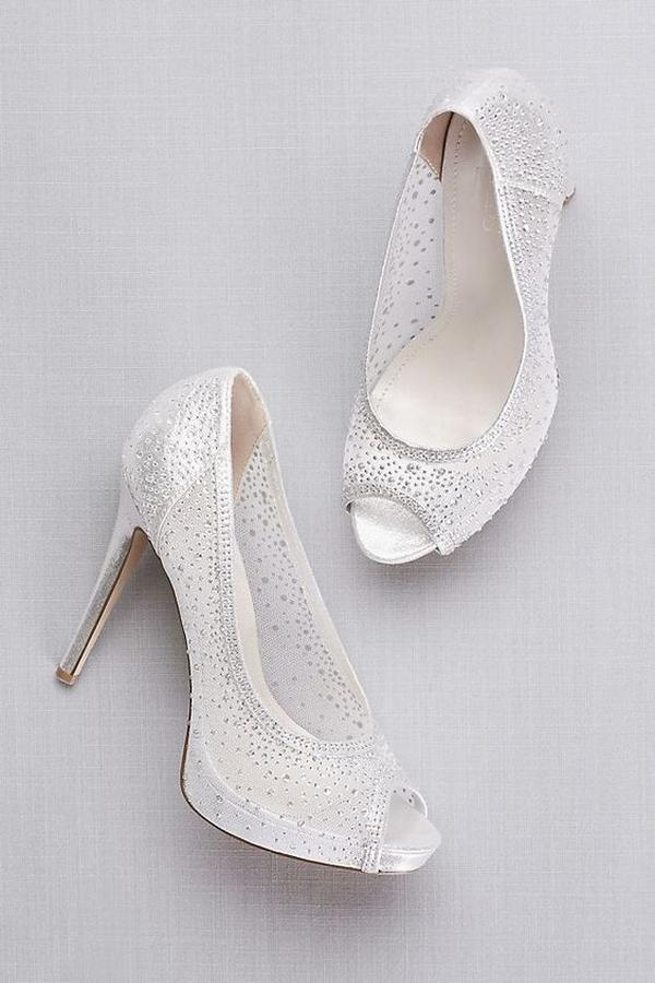 Tips for Buying Wedding Shoes for the Bride_09