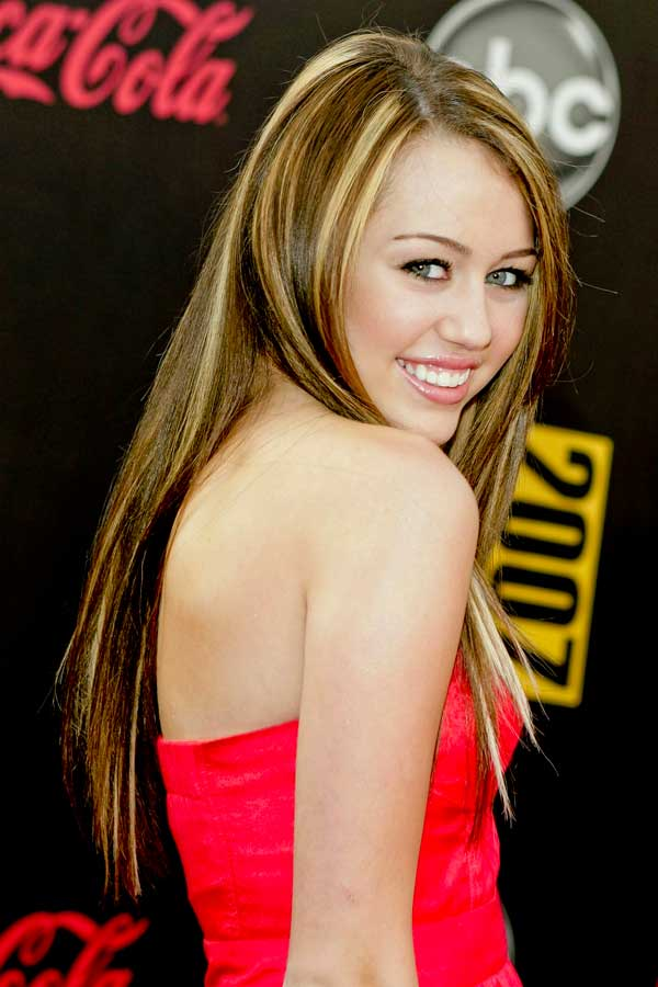 Miley Cyrus Hairstyles Miley S Haircut 2020 A Picture Of Change