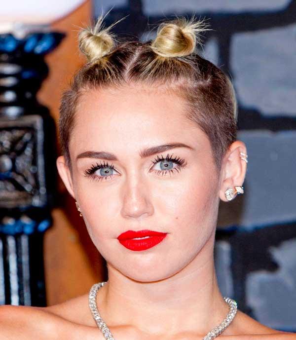 Miley Cyrus Hair Knots